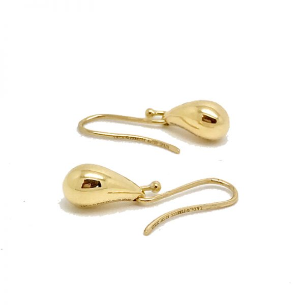 Elsa Peretti Teardrop hoop earrings in 18k gold Tiffany & Co. 3mDVnimm