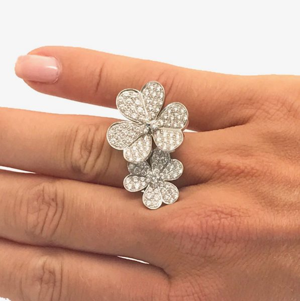 Van Cleef Amp Arpels Frivole Between The Finger Ring With